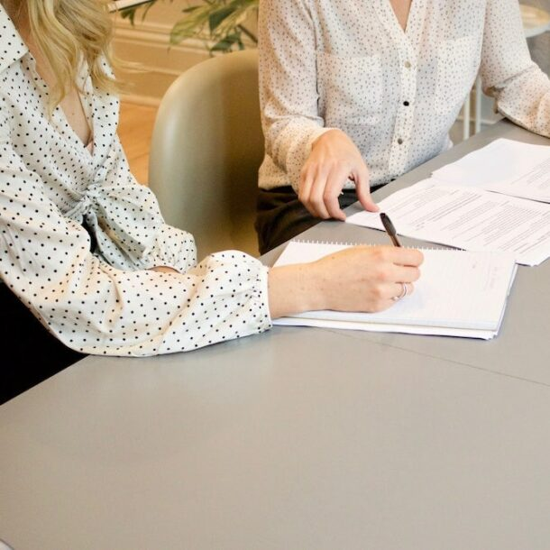 5 Contract Essentials to Avoid Legal Headaches in Your Business